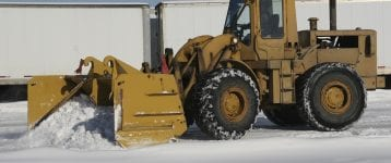 What To Look For In a Commercial Snow Removal Service