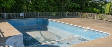 How Long Does a Commercial Pool Last?