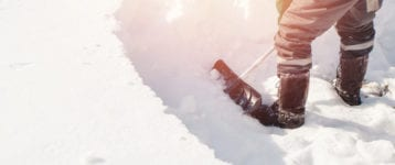How to Calculate Snow's Weight and Its Dangers